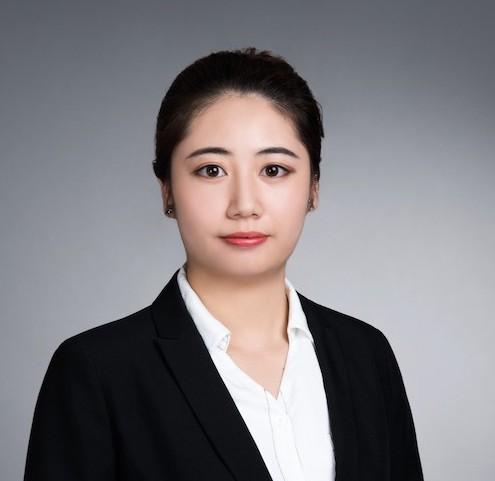 Julia Zhao 趙瑩